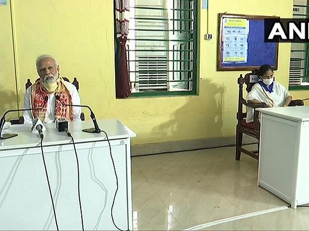 ಅಂಫಾನ್, ಪಶ್ಚಿಮ ಬಂಗಾಳ, 1000 ಕೋಟಿ ರೂ. ಪರಿಹಾರ ಘೋಷಸಿದ ಪ್ರಧಾನಿ ಮೋದಿ Amphan: West Bengal gets Rs 1000 crore PM Modi announces relief