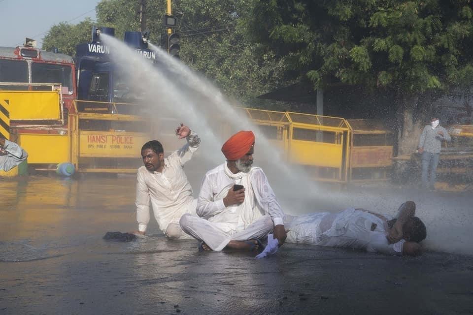 ಪಂಜಾಬಿನ ದಂತ ವೈದ್ಯಕೀಯ ವಿದ್ಯಾರ್ಥಿ ಸಂಘದಿಂದ ರೈತ ಹೋರಾಟಕ್ಕೆ ಬೆಂಬಲ