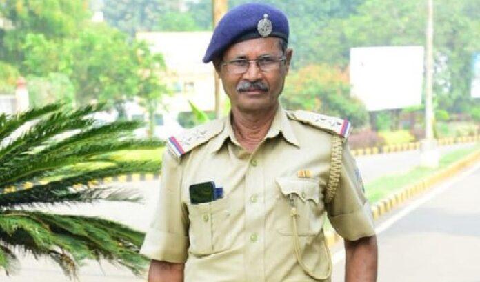 ವೀರಪ್ಪನ್ ವಿರುದ್ದದ ಹೋರಾಟದಲ್ಲಿ ಗುಂಡೇಟು ತಿಂದು 29 ವರ್ಷ ಬದುಕಿದ್ದ PSI ಹೃದಯಾಘಾತದಿಂದ ನಿಧನ   Naanu gauri